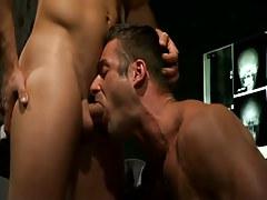 Mature doctor deep throats raw 10-Pounder