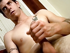 Str8 Naked Amateur Fellow Jerks Off and Auditions for StraightNakedThugs - Seth G