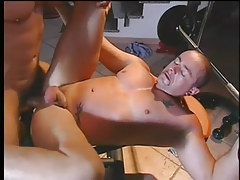 A hardcore gay fuck in the gym in 5 episode