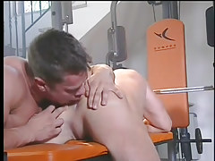 A hardcore gay fuck in the gym in 2 motion picture