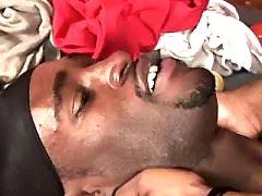 Beefy black gay gains backdoor boned