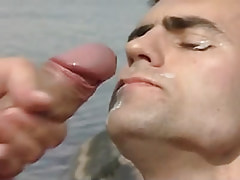 Gay obtains damp facial in nature
