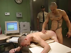 Muscle man-lover sleeps with man in doggy style