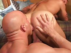 Mature man-lover licks stiff guys breach