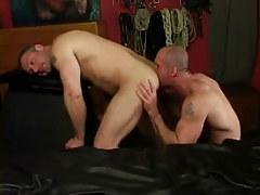 Horny dilf licks muscled dudes ass
